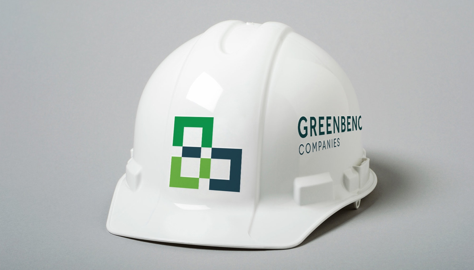 REQ GreenBench Logo Application